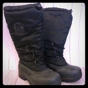 NWOT Sorel boots